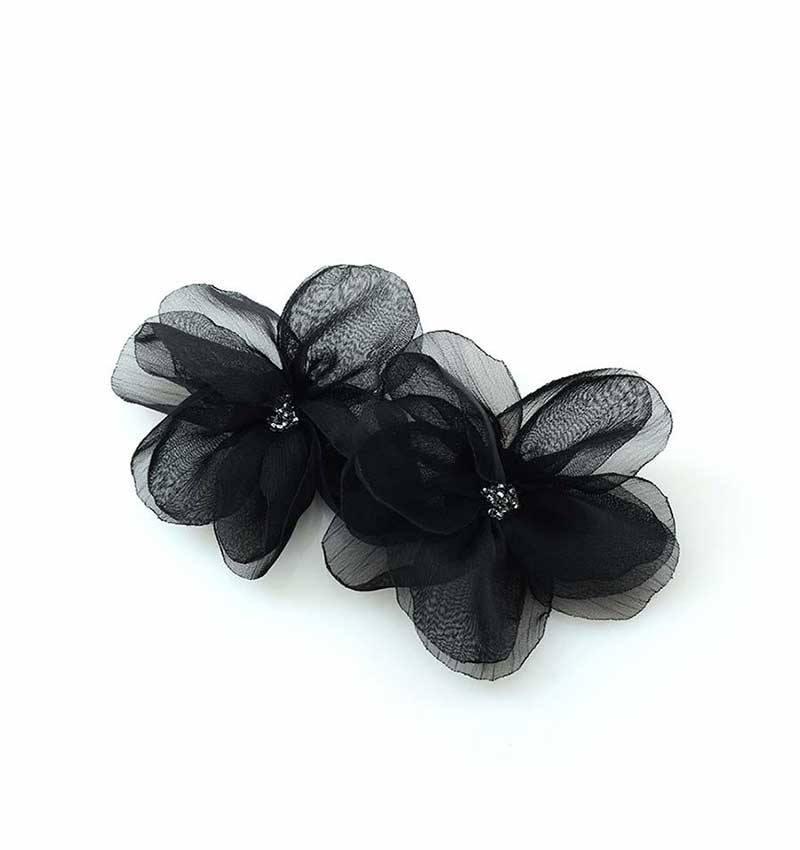 Klips do butów czarny kwiat